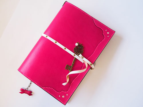ピンクのオトナ乙女手帳カバー