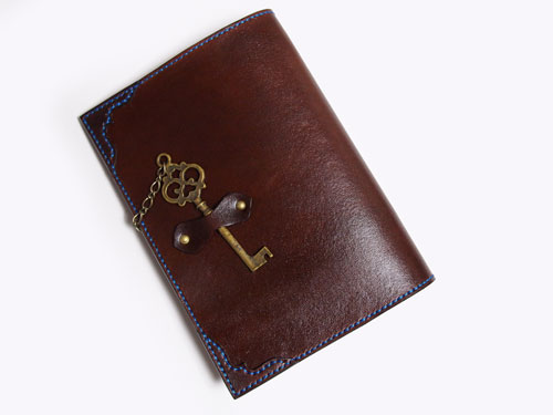 茶色の革ブックカバー2