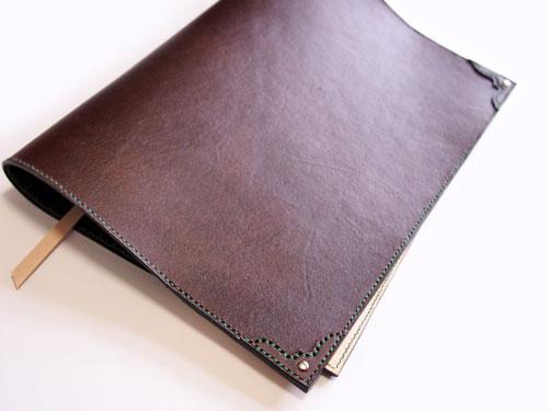 茶色の革ノートカバー