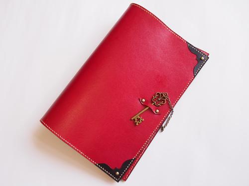 赤と黒のB6手帳カバー